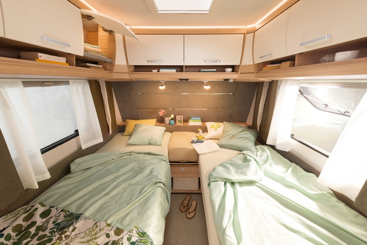 Etagenbett Wohnwagen Einbauen : Dethleffs camper wohnwagen