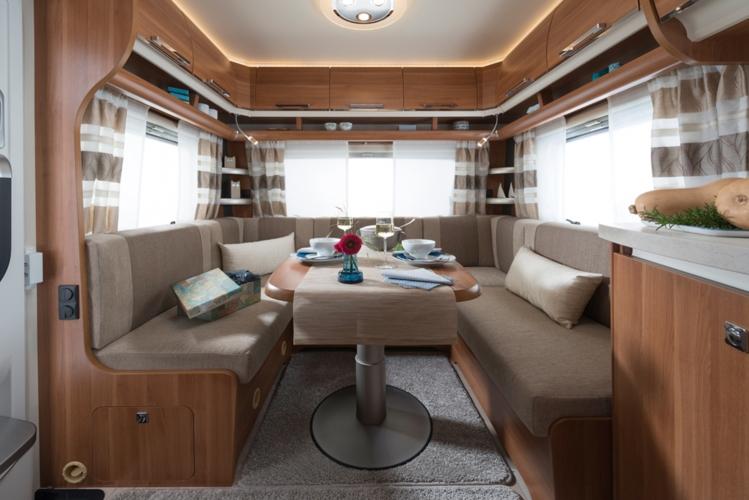 fendt saphir wohnwagen. Black Bedroom Furniture Sets. Home Design Ideas