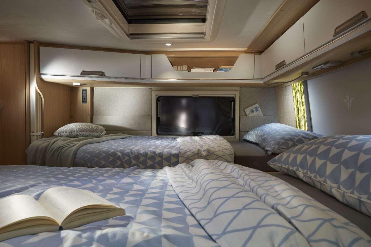 Etagenbett Wohnwagen Verstärken : Hochbett etagenbett neuware top kinderzimmer aus metall kalaydo